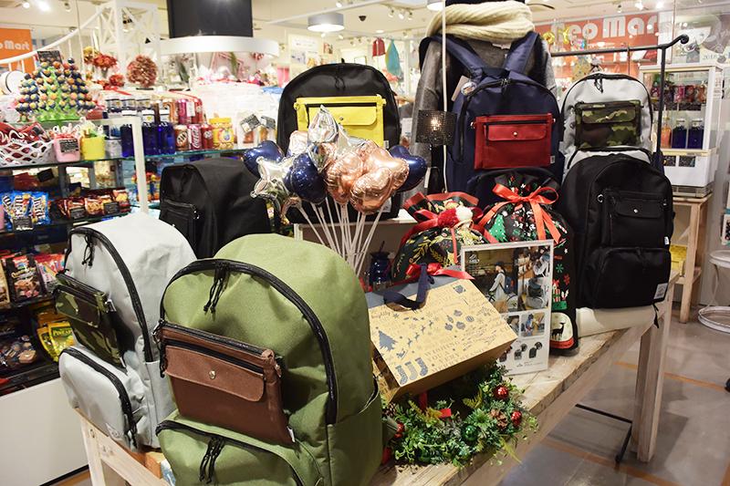 ネオマート河原町店で期間限定でSNIFFのオリジナルブランドKAKSIのリュックを販売