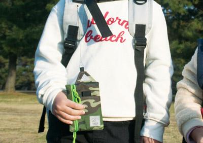 kaksiのキッズリュックはリールパスケース付きです。